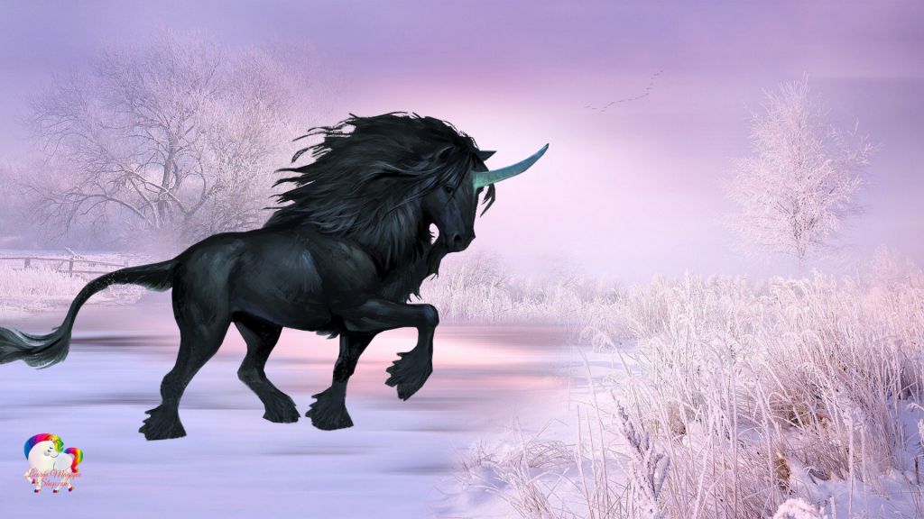 Dans un monde enneigé une licorne noire se promène et suit son chemin
